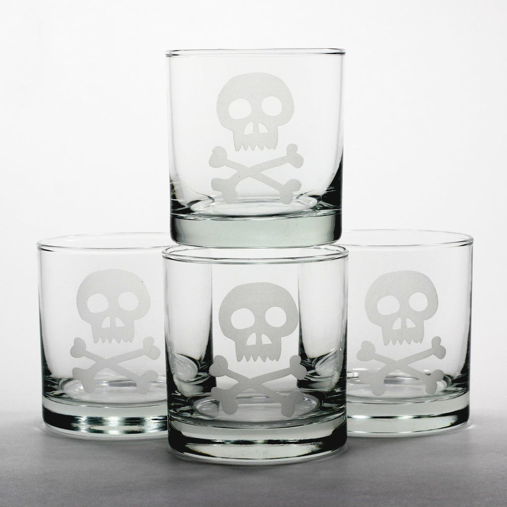 Skull scotch whiskey glasses set
