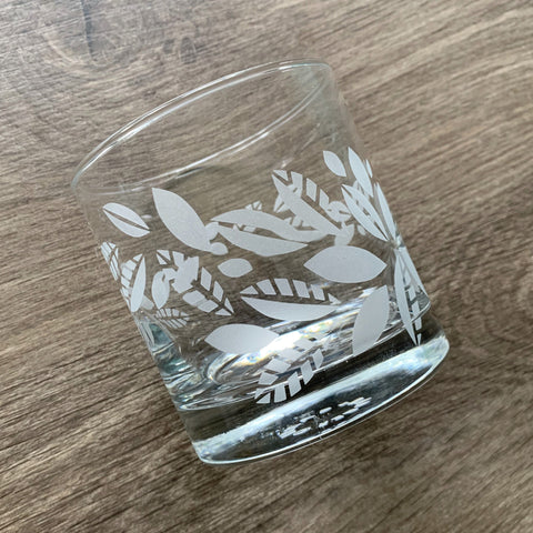 Tea Leaves Plant Cocktail Glass - dishwasher-safe etched glassware