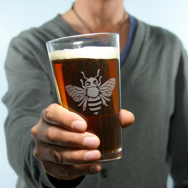 honey bee pint glass