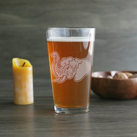 Elephant pint glass engraved by Bread and Badger