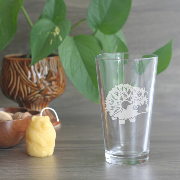 Hedgehog etched beer glass
