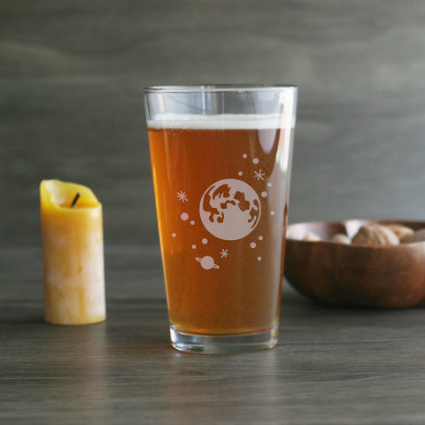 Full moon and stars etched pint glass