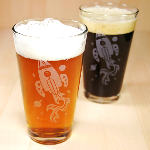 retro rocket etched pint glasses for men