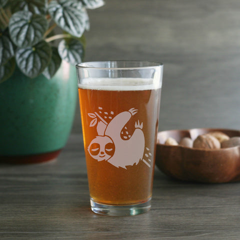 Sleepy sloth pint beer glass