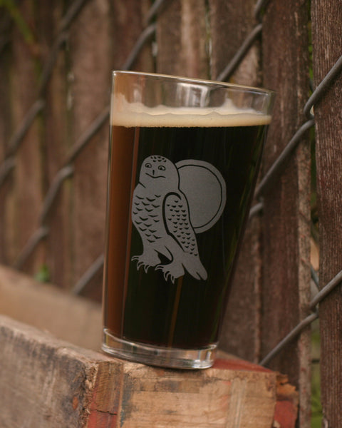 Snowy Owl outdoorsy pint glass by Bread and Badger
