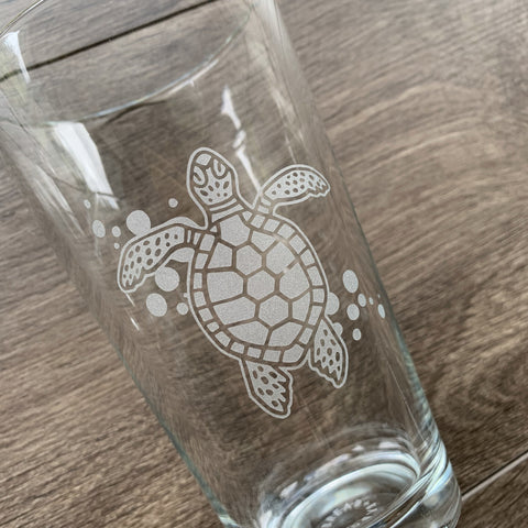 Sea Turtle engraved pint glass