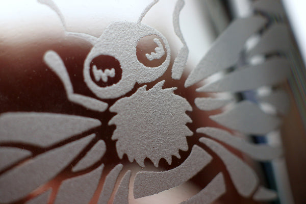 honey bee shot glass sandblasted detail