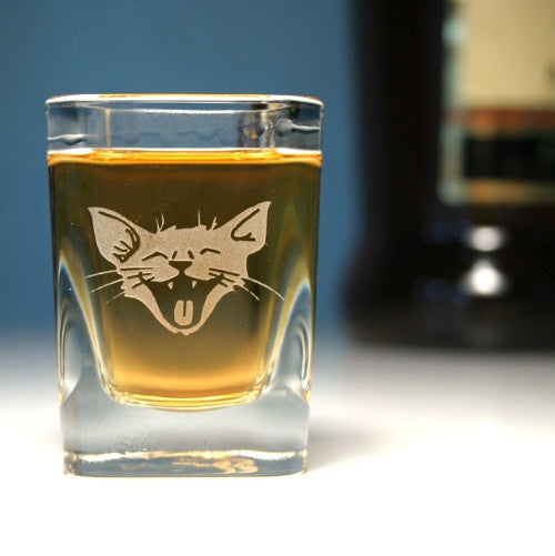 Laughing cat etched shot glass