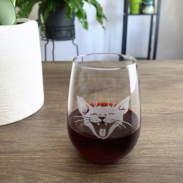 Laughing Cat engraved stemless wine glass