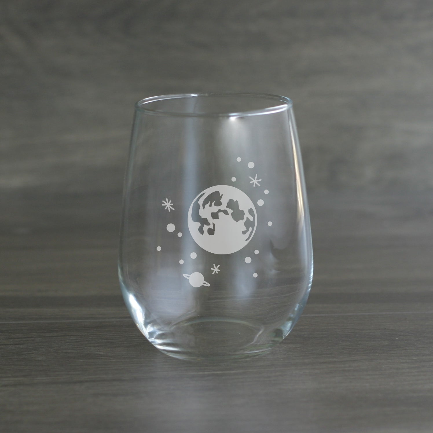 Full moon and stars wine glass