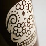 sugar skull brown travel mug detail