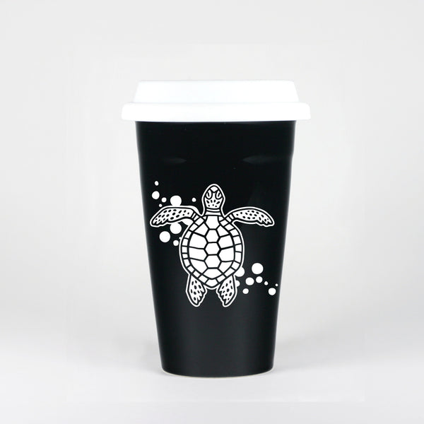 Black sea turtle travel mug