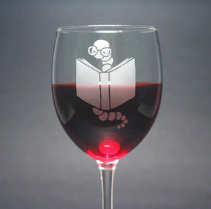 Bookworm etched wine glass