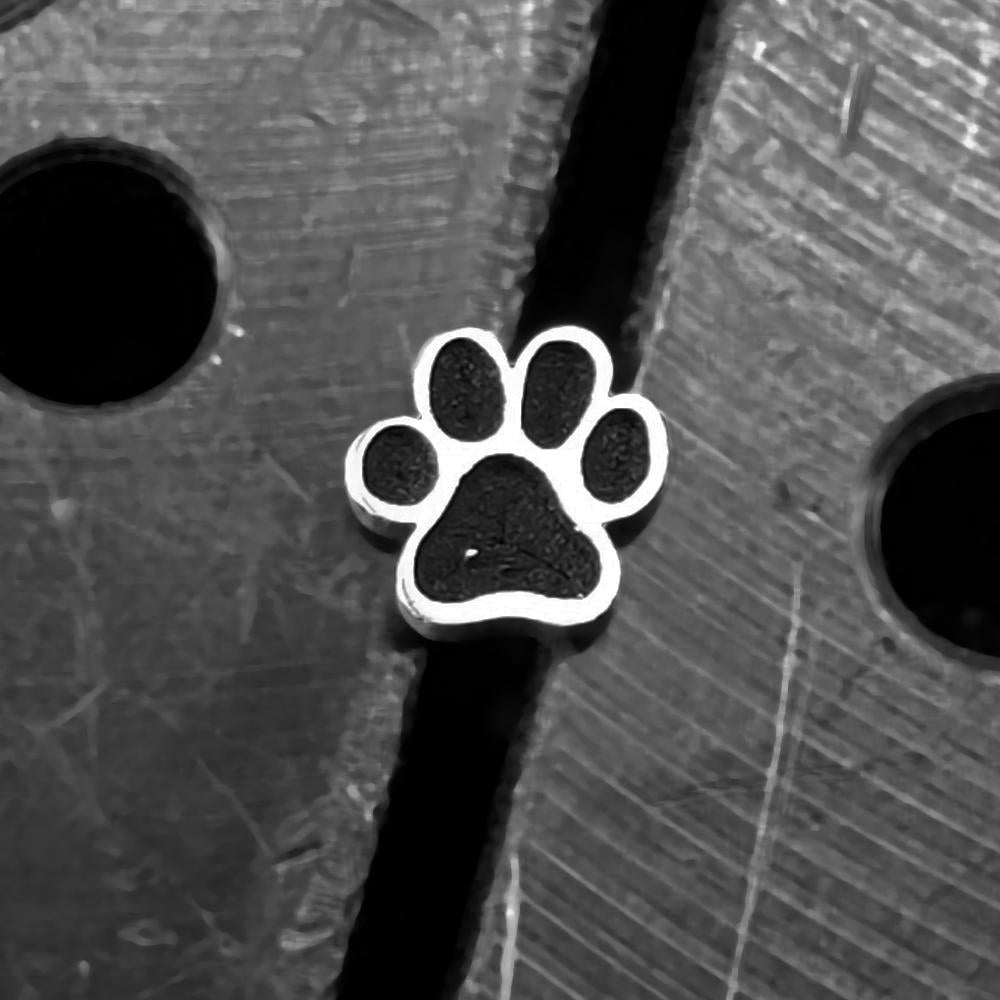 Paw Print Internally Threaded Cartilage Earring