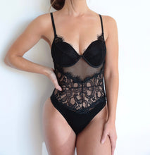 Load image into Gallery viewer, YAZ LACE BODYSUIT