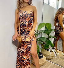 Load image into Gallery viewer, ZEBRA PRINT MAXI DRESS