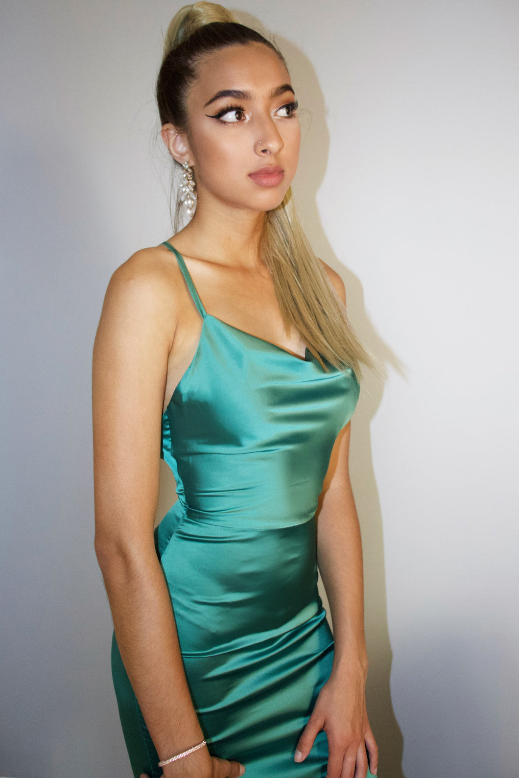 DRAPE NECK BODYCON DRESS - EMERALD