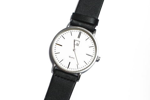 Fé Everyday Goods Unisex Minimalist Wrist Watch | Room 2046 Toronto Canada