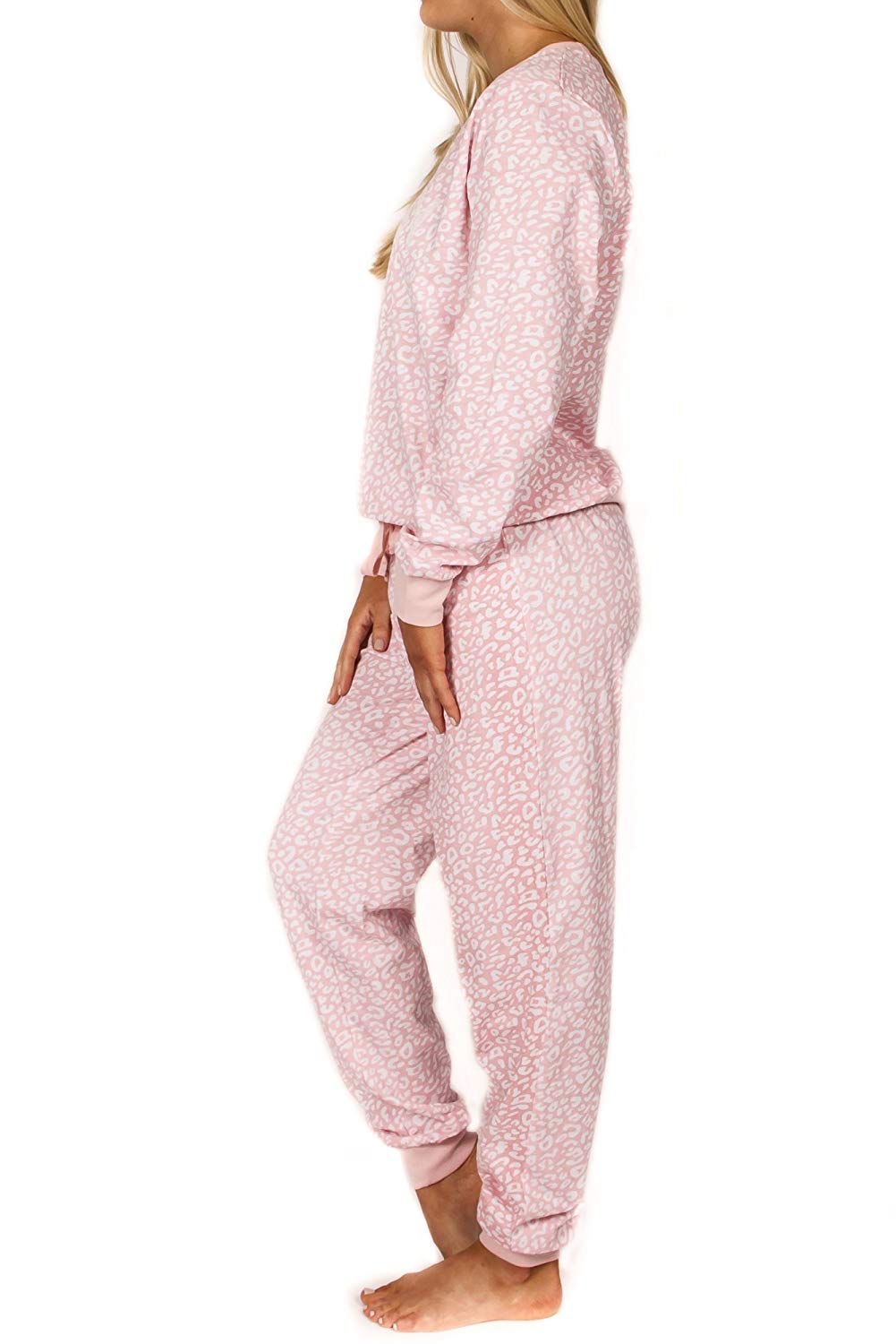 Peace Love & Fashion Women's 2PC Long-Sleeve Pajama Set - Pink Animal