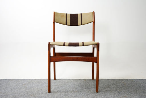 4 Scandinavian Teak Dining Chairs - (318-069)