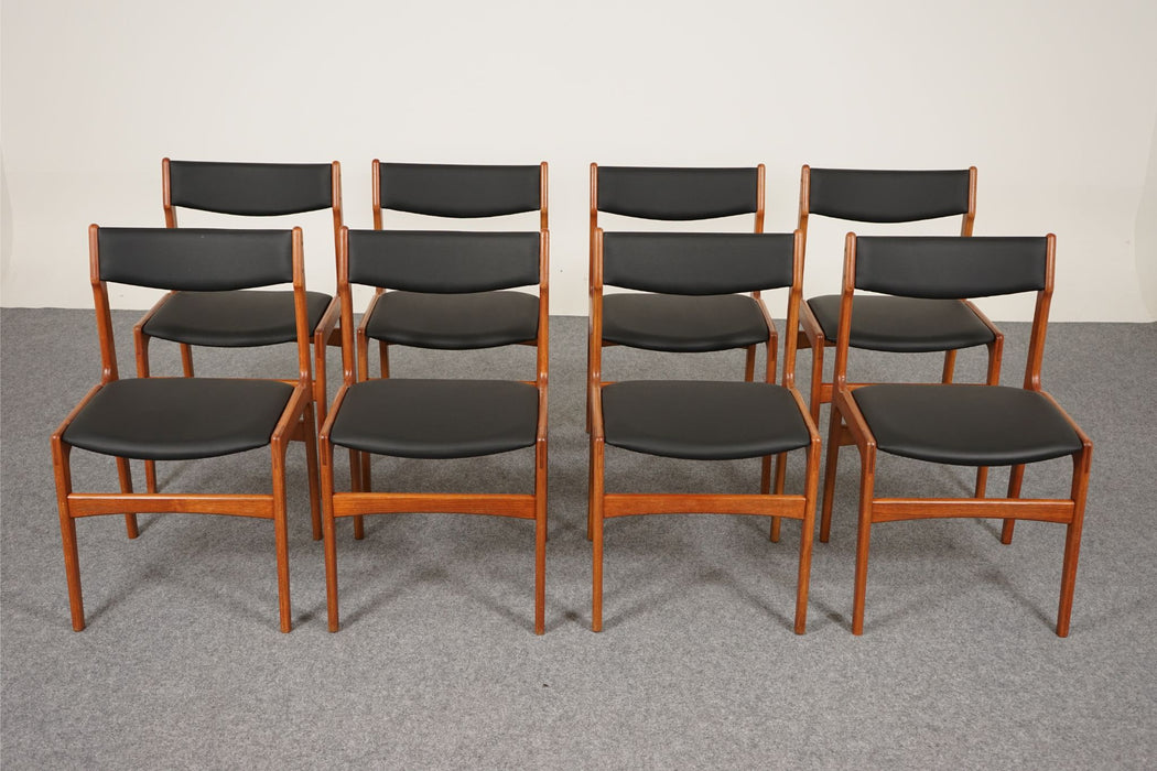 8 Danish Modern Dining Chairs Made With Teak - (315-002)