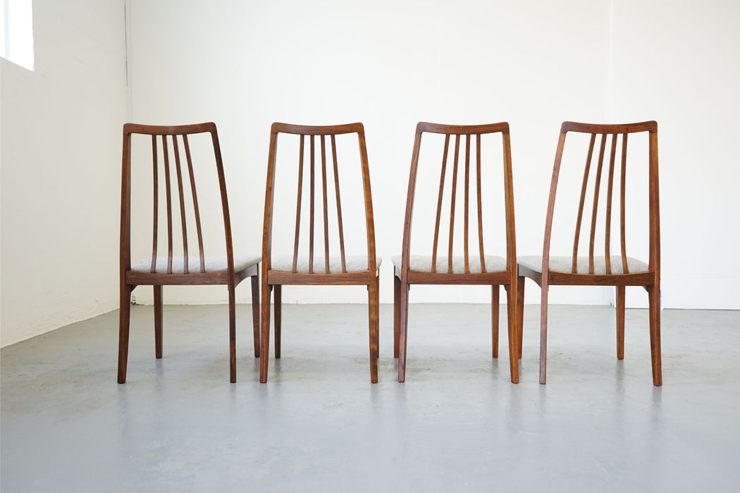 4 Vintage Modern Dining Chairs Made With Rosewood - (D512)
