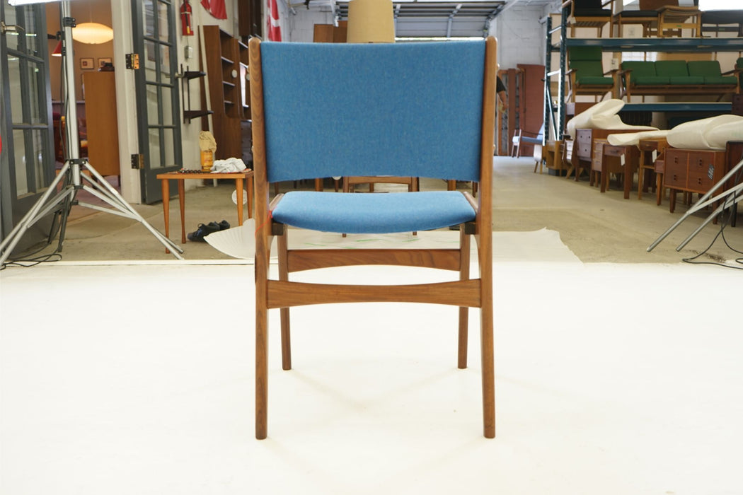 A Single Danish Chair Made With Teak & Wool By Erik Buch - (311-194.1)
