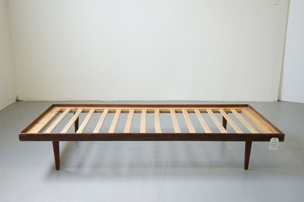 A Danish Daybed Made With Teak - (313-033)
