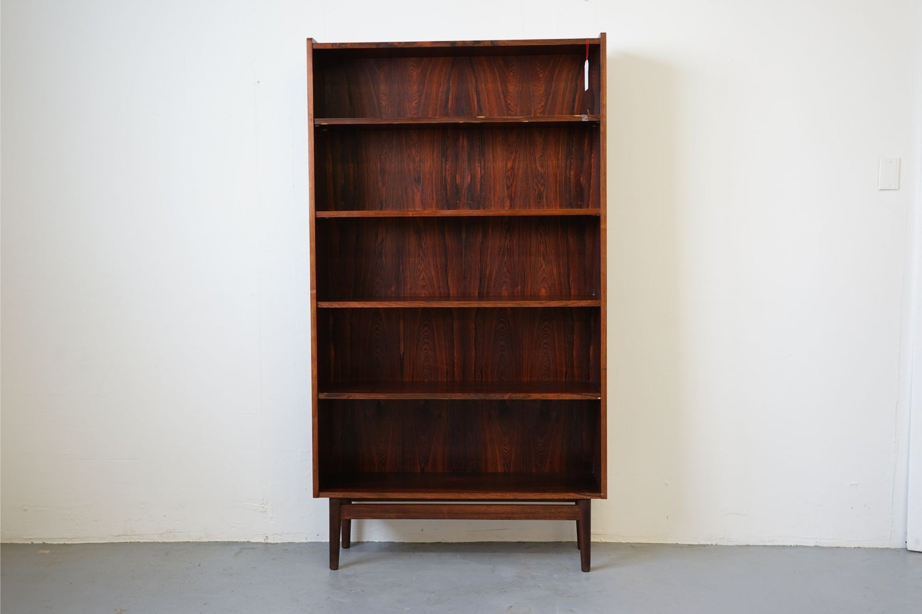 Danish Mid Century Bookcase Made With Rosewood - (314-122)
