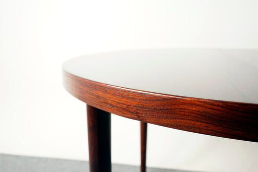Danish Mid Century Round Rosewood Dining Table By Kai Kristiansen - (317-058)