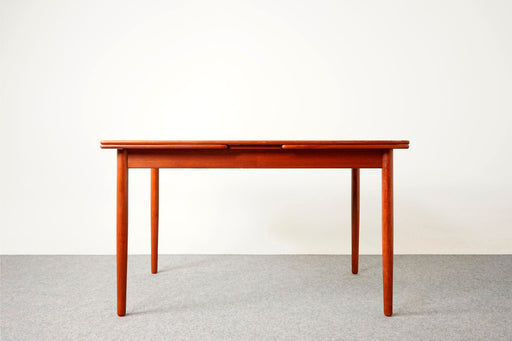 Danish Mid Century Teak Draw Leaf Dining Table  - (316-089)