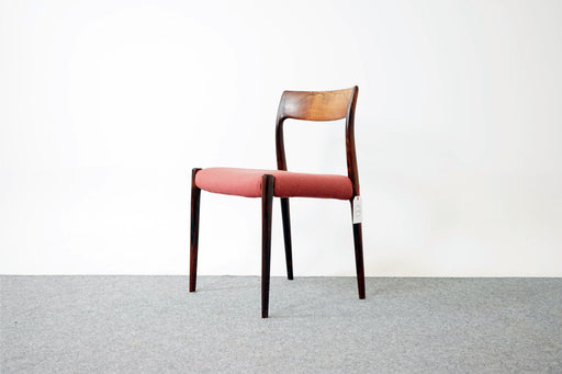 Set of 4 Model 77 Rosewood Dining Chairs By Niels Moller - (316-030)