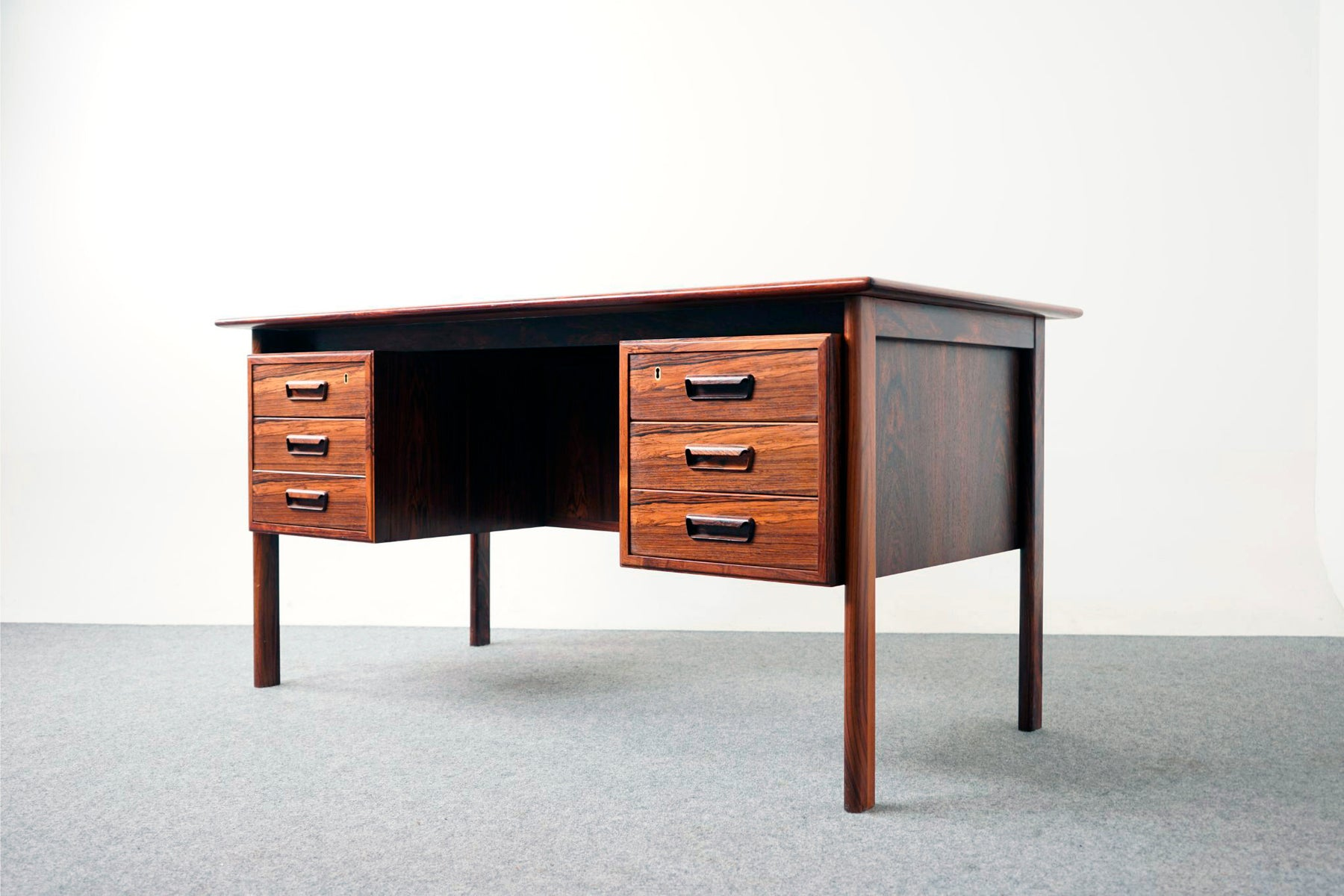 Danish Modern Rosewood Desk - (317-055)