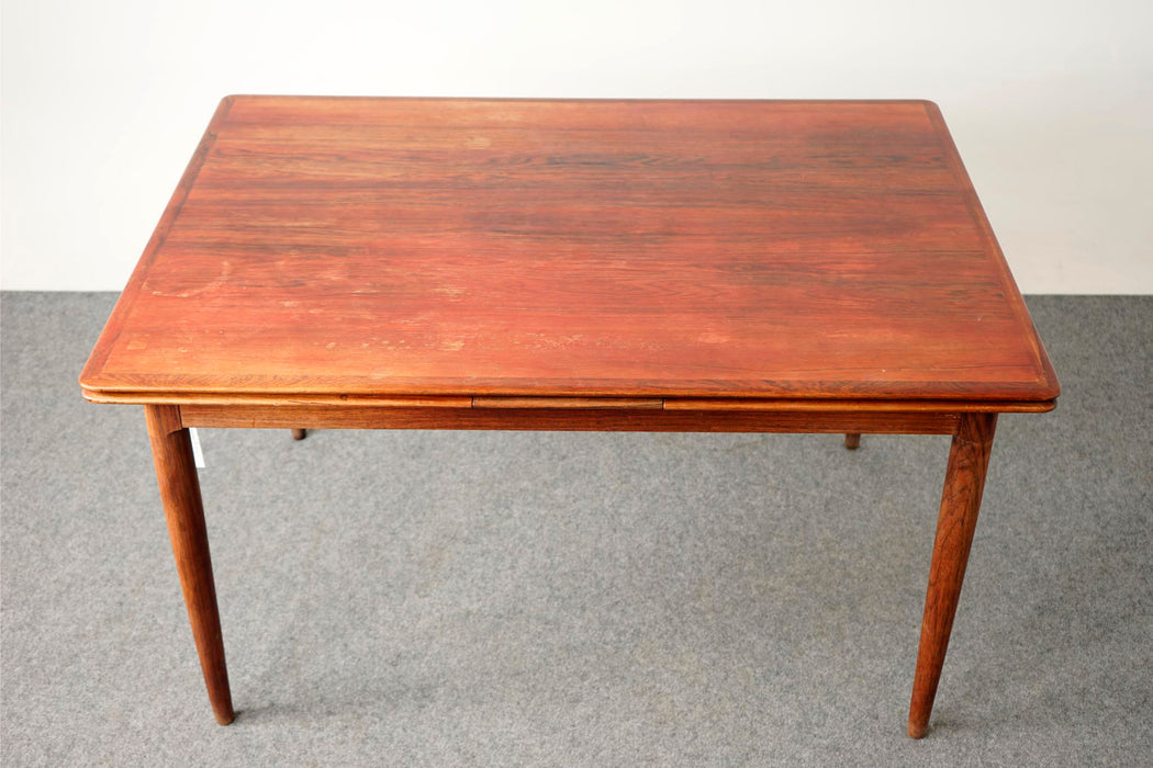Danish Modern Rosewood Dining Table For Skovmand & Andersen - (D653)