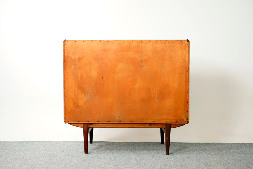 Danish Modern Dresser Made With Teak - (317-098)