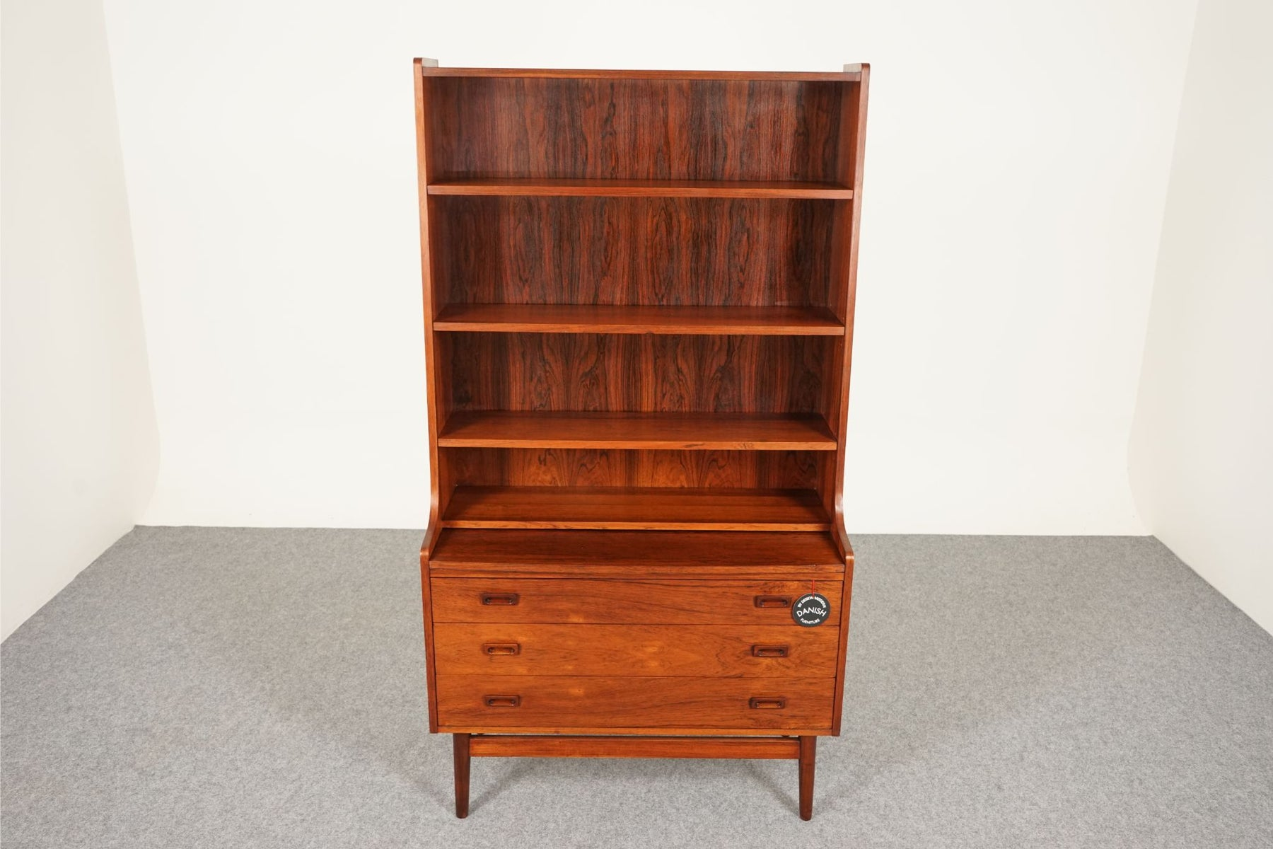 A Mid Century Bookcase Made With Rosewood By Johannes Sorth For Nexo - (312-078)