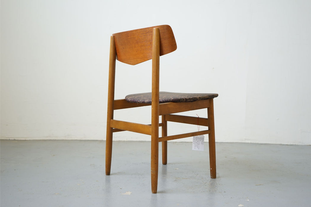 Mid Century Chair Made With Teak & Beech - (315-011.4)