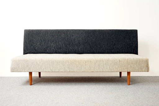 Mid Century Upholstered Daybed - (317-014)