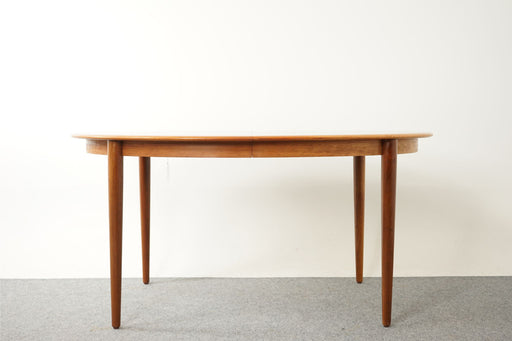 Mid Century Dining Table Made With Teak - (316-201)