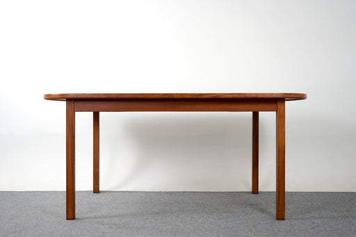 Mid Century Walnut Extendable Dining Table - (D788)