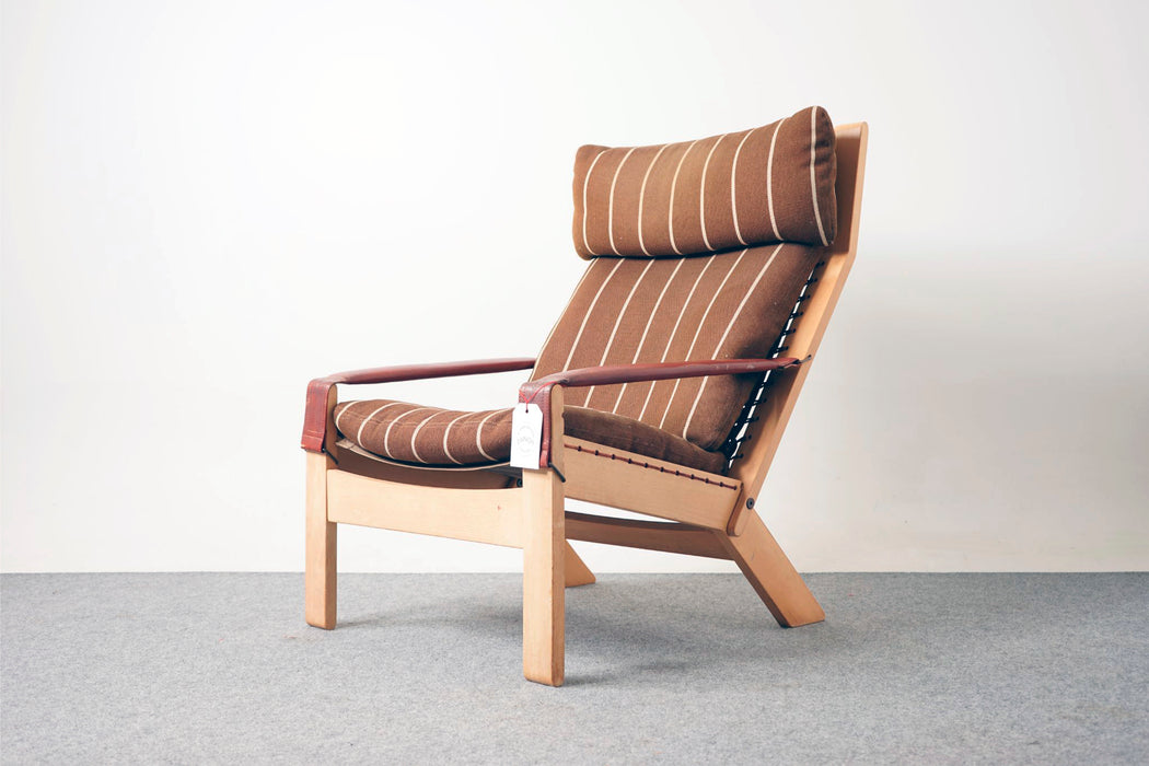A Mid Century Beech Reclining Lounge Chair By Ingmar Relling - (312-196.2)