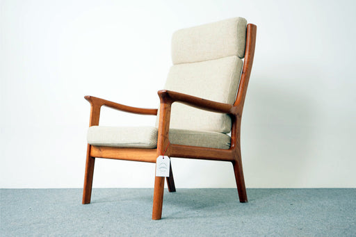 Mid-Century Teak Lounge Chair - (316-154.3)