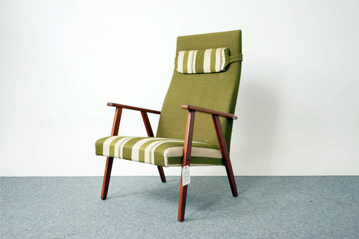 Mid Century Teak Lounge Chair - (316-172.2)