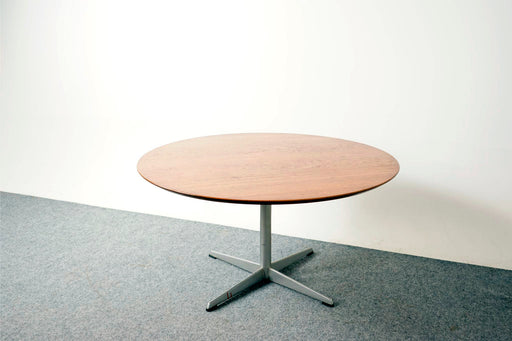 Mid-Century Modern Round Teak Coffee Table by Heltborg Mobler - (317-089)