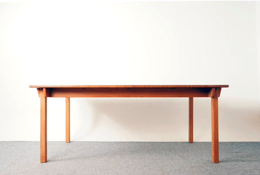 Mid-Century Modern Solid Oak Dining Table by K.P. Mobler - (318-157)