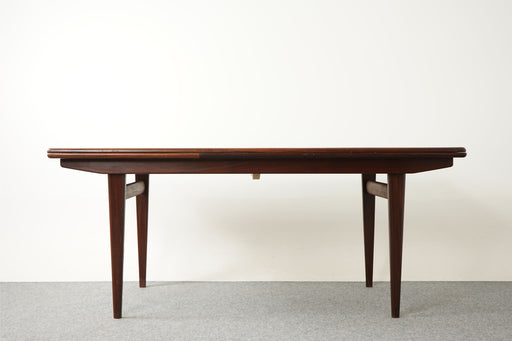 Mid-Century Modern Teak Dining Table - (316-065)