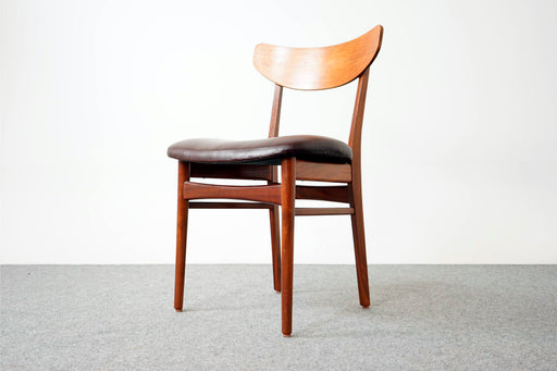 Set of 4 Mid-Century Modern Teak Dining Chairs- (D672)
