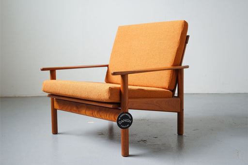 Mid-Century Modern Reclining Easy Chair Made With Teak - (D501)
