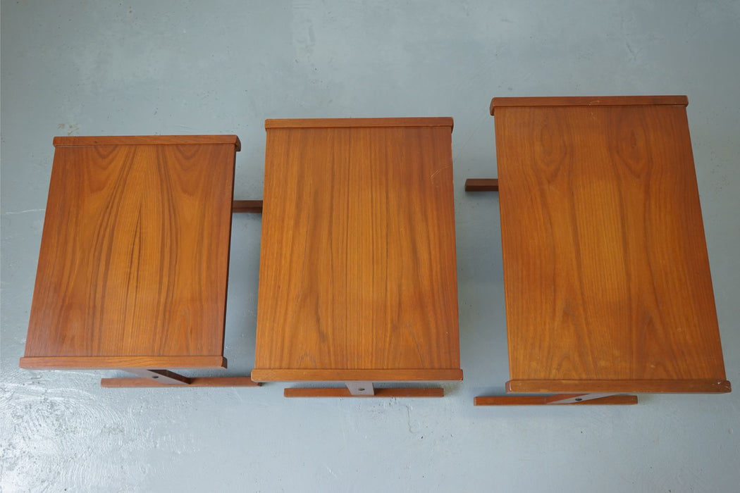A set of Mid-Century Modern Nesting Tables Made With Teak - (312-013)