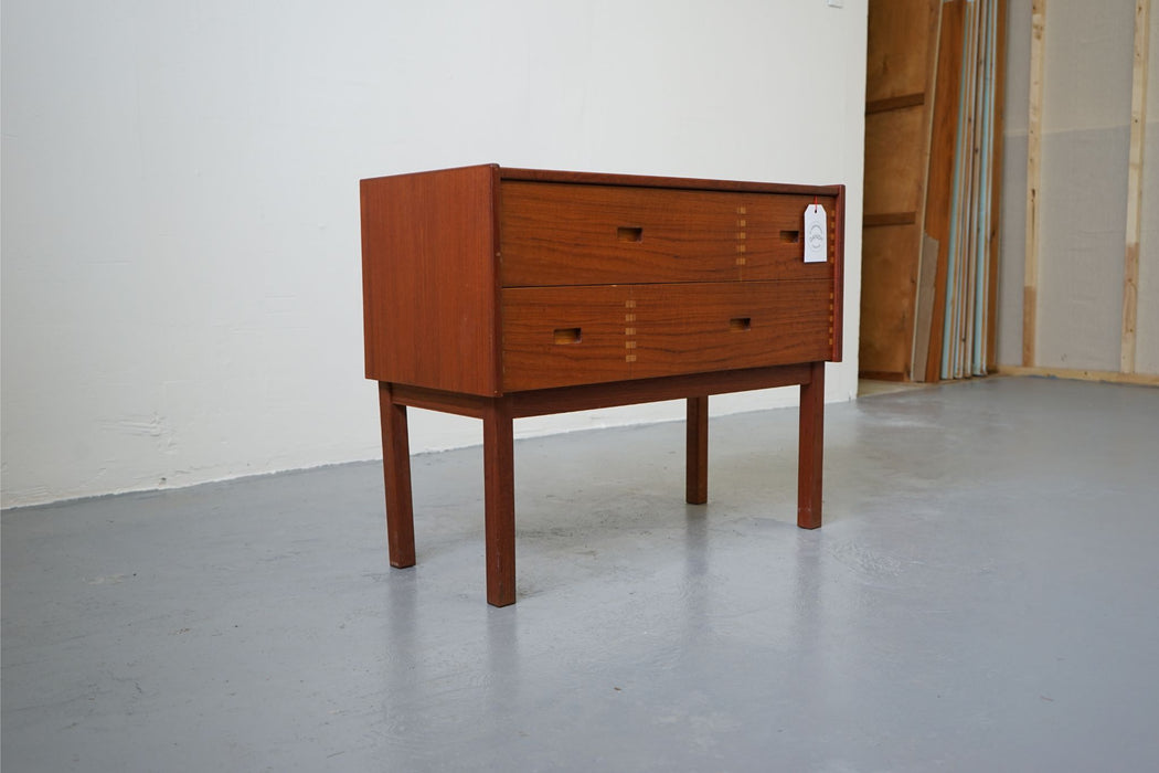 A Scan Modern Bedside Made With Teak - (D414.1)